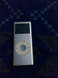Apple 2 GB Ipod witg Rock and Roll Library Montebello, 90640