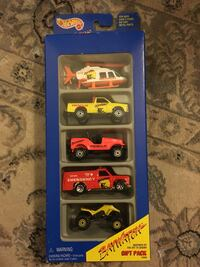Hot wheels Gift Pack Bay Watch 1994  Pickup in Beverly