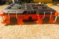 """Milwaukee Pack out Tool Box 22"""" Red"""