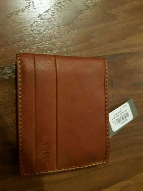 Fossil wallet new with tags