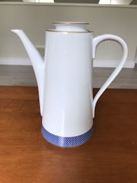 1980 Block Spal Blue skies Portugal coffee Pot Langley, V1M 3Z1
