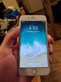 White Iphone 6S 128 GB - Unlocked - $580 firm