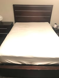 Queen size need frame Miami, 33193