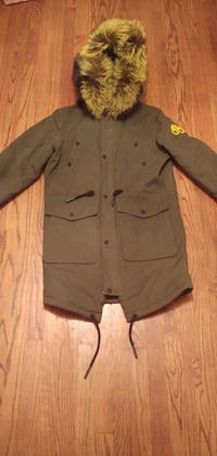 Men Moose Knuckles Jacket Size Small