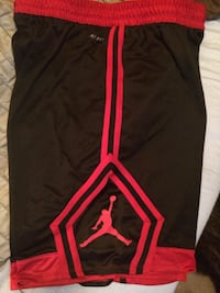 Black and red Jordan shorts Quinte West, K8V 5P8