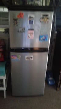 stainless steel top-mount refrigerator. 4 cubic feet East Providence