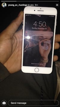 iPhone8 At&t very good condition