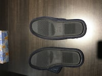 Men's slippers size 11/12 - new never worn Kitchener, N2R