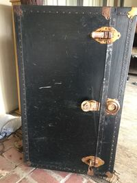 Antique trunk...ancient Canyon Lake, 92587