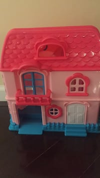 pink and white plastic kitchen playset Leesburg, 20175