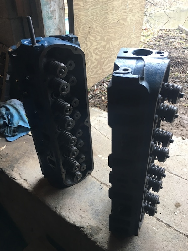 Ford 351W heads