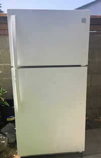 White top-mount refrigerator Whittier, 90602