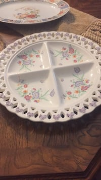 white and pink floral ceramic plate Ottawa, K2C 1T1
