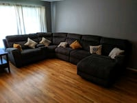 Sectional Couch w/ recliners. Portland, 97233
