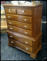 Solid Oak Kincaid Bureau / Chest Of Drawers. / Oak