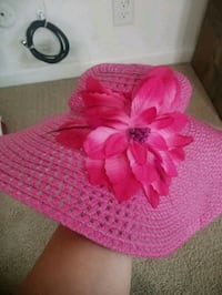 pink  beach hat Stockton, 95207