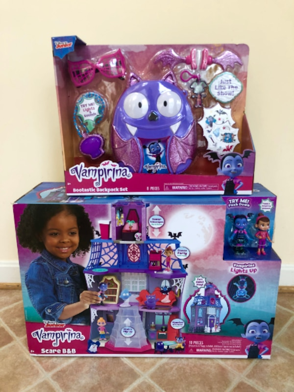 Vampirina Scare B&B Play House and Backpack Set (New) f0193dbf-5aae-4626-bba0-8c83c7531209