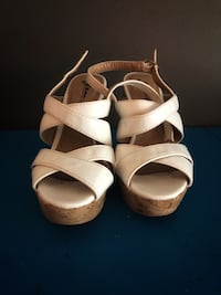 White wedges size 7 Burlington, L7M 2M4