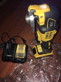 Dewalt 20v Oscillating Multi tool Brushless Kit Included Battery and Charger and blades  New York, 10453