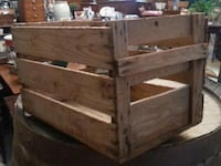 Wooden vintage apple crates Lachine, H8S 2B7