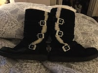 Ugg Boots Girls Size 4.