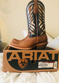 Women's Ariat boots only worn a couple times
