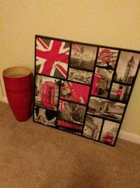 Picture and red vase. Houston, 77051