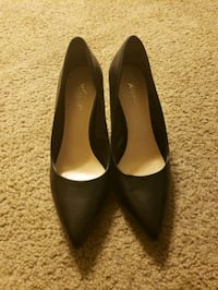 Womens Black Pumps  Fort Washington