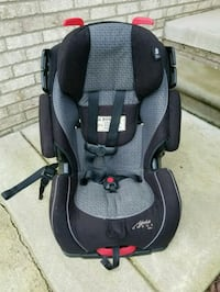 Car seat manufactured 2015 good condition Northville, 48168