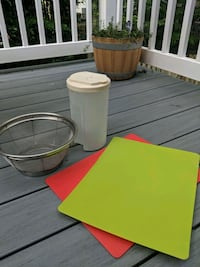 Kitchen items: cutting boards, pitcher, strainer, Columbia, 21046