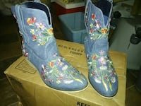 Blue jean leather embroidered floral cowgirl