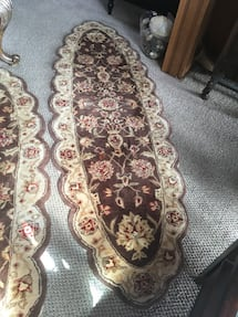 2 x Oval Scalloped Carpet Runners