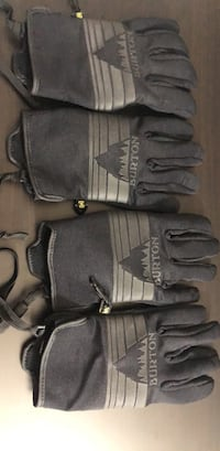 Burton Ski and Snow gloves 1941 mi