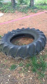 Large Tractor tire for workouts