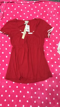 Women's Shirt - size Large - New With Tags  Grand Rapids, 49505