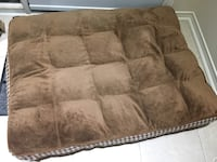 Pet bed Richmond Hill, L4B 4S6