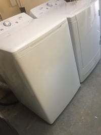 white top-load clothes washer Tampa, 33612