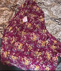 Skirts medium and xl Westminster, 21157
