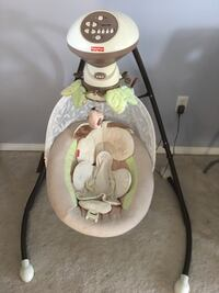 Fisher price baby swing great working condition  Toronto, M1P