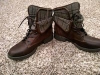 New pair of brown leather boots size 6 1/2 Rochester, 98579