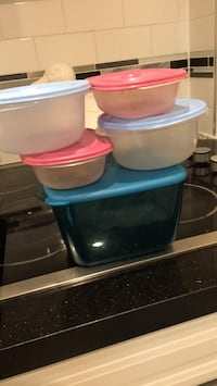 Tupperware Up for grab  Toronto, M6K 2E2