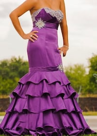 Tony Bowls Evening Gown Mississauga, L5M 5V7