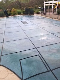 Swimming pool cleaning Pittsburgh
