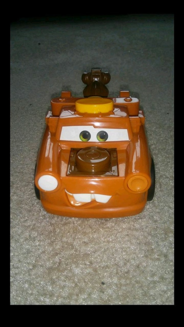 LIKE NEW ™Fisher-Price Disney/Pixar talk Tow Mater a2d28086-7a6f-4cad-878e-39eda0cdfb37