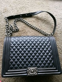 black leather quilted crossbody bag Syracuse, 13210