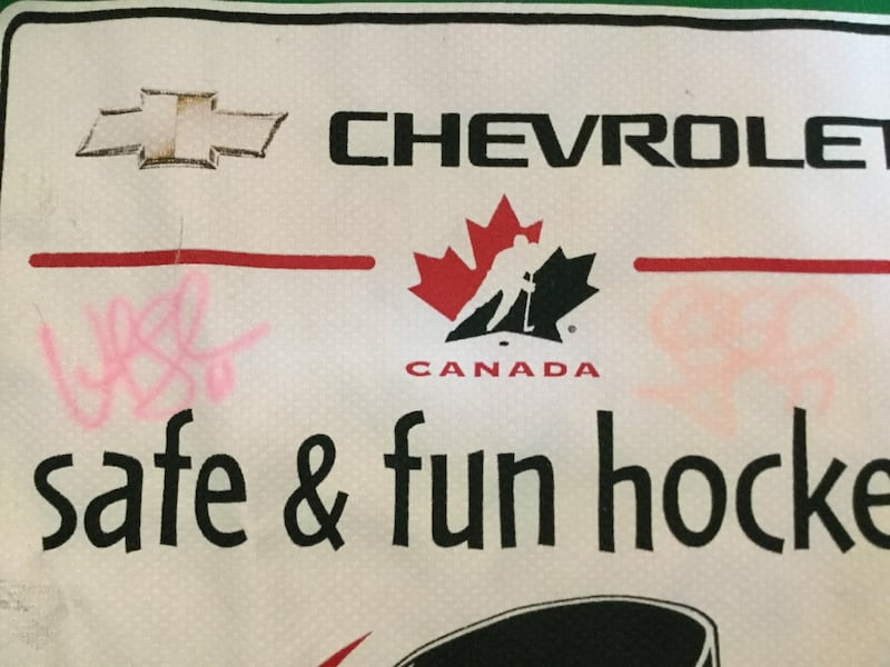 Youth Hockey Jersey Signed by Cassie Campbell & Vicky Sunohara b9705bde-e2ae-4d0a-9a1f-83ec59661010