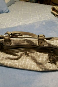 Gray and white authentic coach bag in good conditi Olympia, 98513