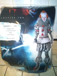 IT 2 costume and authentic mask Bellwood