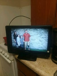 18 inch Philips flat screen TV screen is cracked Knoxville, 37919