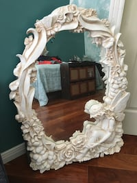 Large fairy design mirror. Paid $475.00 in very good condition Mascouche, J7L